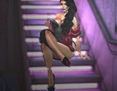 Dangerous Woman (V ♪) Tags: doux lelutka legacybody moonelixir muse collaboration izzies 220ml vanityposes minimal secondlife slevents anthemevent meshfashion newrelease legacycompatibleattire virtualworld 3d