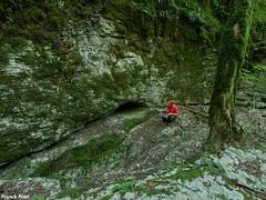 entrée de la  Grotte du Colimaçon - Cademène (francky25) Tags: entrée de la grotte du colimaçon cademène franchecomté doubs