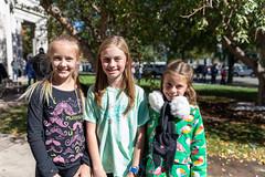 Three girls (Streetsblog Denver) Tags: denver colorado unitedstatesofamerica demonstration gretathunberg havencoleman climatechange climateportest fridaysforfuture stike studentstrike student