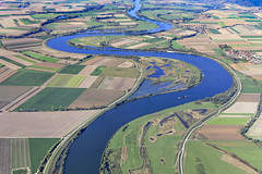 River Danube In Lower Bavaria (Aerial Photography) Tags: by ndb sr 11102010 5d226950 aholfing bavaria bayern blau braun danube deutschland donau farbe fluss fotoklausleidorfwwwleidorfde fotoklausleidorfwwwleidorfaerialcom germany grafik grün kurve landscapeandnature landschaft landschaftnatur luftaufnahme luftbild p2 vgrain aerial bend blue brown color colour graphicart graphics green landscape landscapenature nature outdoor river rivière verde aholfinglkrstraubingbogen bayernbavaria deutschlandgermany