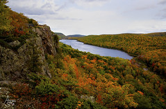 Lake of the Clouds, Porcupine Mountains State Park Michigan (ats8110) Tags: lakeoftheclouds michigan d850 nikon fall colors
