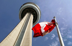 CN Tower. Toronto. (Bernard Spragg) Tags: toronto canada lumix cntower flag tall ontario canadiannational up canadianflag compactcamera banner towers tours türme torri torres cco