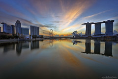 MARINA (ChieFer Teodoro) Tags: canon 6d 1635mm gitzo arca swiss lee filter singapore marina landscape cityscape sunrise