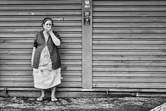 Frau (rainerneumann831) Tags: bw blackandwhite street strase streetphotography candid strasenfotografie monochrome urban ©rainerneumann riodejaneiro frau