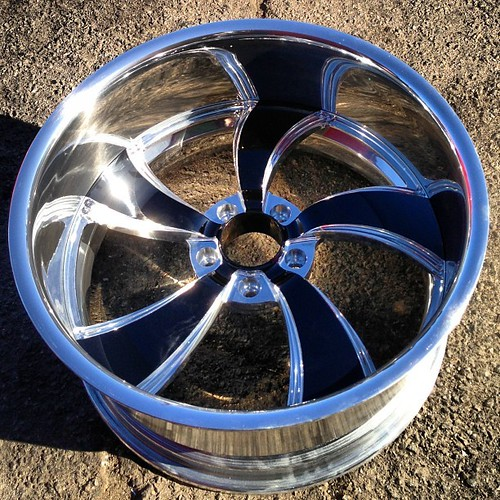 "Showwheels Billet Wheels • <a style=""font-size:0.8em;"" href=""http://www.flickr.com/photos/96495211@N02/48884244741/"" target=""_blank"">View on Flickr</a>"