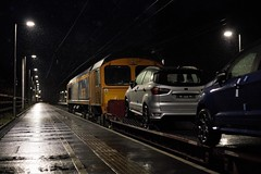 Raining Cars and Sheds (TimboM) Tags: gbrf gbrailfreight wcml hartford hartfordstation class66 66785 6x41 6l48 stva cartrain cartic freighttrain freight ford ipa shed emd dagenhamdockreception garstoncarterminal 66132