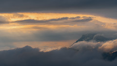 Durukogain sunlight (teredura58) Tags: nubes clow sol amanecer sunlight sunrise mounts