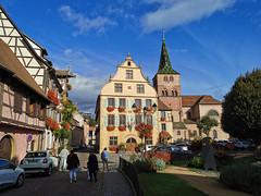 L'Hôtel de Ville et l'Eglise Sainte Anne de Turckheim (Πichael C.) Tags: turckheim randonnée balade hike alsace 67 visite tourisme village