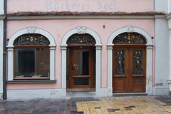 Lugbank 8 , Bamberg, Germany (kate223332) Tags: bamberg bavaria germany oldcity door entry gateway portal deutschland