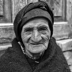 A Sweetie, in B&W (_aires_) Tags: peru limaregion tupedistrict iris woman smile aires oldwoman traditionaldress lifelines portrait sweetie canoneos5dmarkiv canonef40mmf28stm
