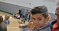 """""""Día de la Diversidad Cultural Americana"""". (Festejos 1) (-Ana Lía-) Tags: flickr nikon argentina díadeladiversidadcultural américa nieto hijo retrato familia festejos escuelas cantos niño boy analialarroude mirada ojos sonrisa portrait complicidad alegría interior"""