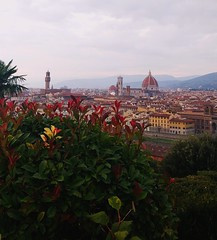 Soaking in the beauty of Florence! (varshapridhivi) Tags: florence firenze italy europe cathedraldisantamariadelfiore