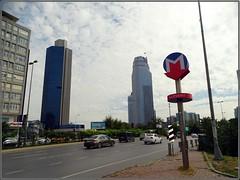 Istanbul (Turkey) - Estambul (Turquía) (sky_hlv) Tags: leventdistrict levent businessdistrict rascacielos skyline skyscraper skyscrapers istanbul estambul turkey turquía europe europa asia