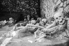 Herculaneum Ruins, Skeletons in the boat houses of Herculaneum (lloydie1963) Tags: herculaneum history italy archaeology sonyrx100mk3 sony holiday ercolano ruins archeology roman