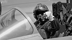 Capitaine Babouc / Pilote RSD5 (Laurent Quérité) Tags: canonef100400mmf4556lisusm canoneos7d canonfrance aviation aéronef avion arméedelair homme man noirblanc blackwhite 30gp 137 dassault rafale c meeting de france meetingaérien airshow frenchairforce etr34aquitaine rafalesolodisplay ba102 longvic aéroportdedijon lfsd dijon babouc rsd5 weloveaero spotair