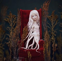 An empty home (pure_embers) Tags: pure laura embers porcelain bjd doll dolls england uk girl shirrstone shelter white river pureembers photography photo ball joint portrait fine art beauty water octopus octo weeds throne underwater empty home