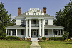 Southern States Plantation House (Klaus Ficker --Landscape and Nature Photographer--) Tags: southern states plantation houses oldbuilding beauty kentuckyphotography klausficker usa