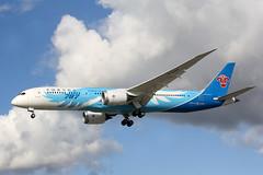 2019 Boeing 787-9 Dreamliner B-20AA - China Southern Airlines - London Heathrow 2019 (anorakin) Tags: 2019 boeing 787 dreamliner b20aa chinasouthernairlines london heathrow