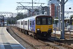 150120, Leeds (JH Stokes) Tags: leeds 150120 class150 dmu dieselmultipleunits northernrail sprinters trains trainspotting tracks transport railways photography