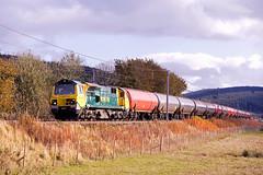 Bodsbury surprise (stevenjcrozier) Tags: 70015 freightliner 6s36 dalston grangemouth bodsbury wcml colas empty tanks