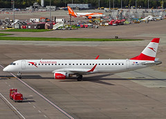 OE-LWE Embraer 195 of Austrian Airlines (SteveDHall) Tags: aircraft airport aviation airfield aerodrome aeroplane airplane airliner airliners egcc mcr man 2019 manchester manchesterairport e195 e190 austrian austrianairlines oelwe embraer embraer190 embraer195
