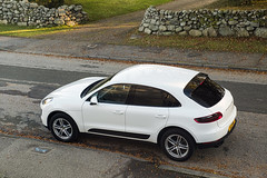 Macan (syf22) Tags: car vehicle motor porsche macan white auto automobile autocar automotor motorcar motorised porschemacan suv sportutilityvehicle offroad 4x4 fourwheeldrive estate carrier carriage transport machine wagon jeep
