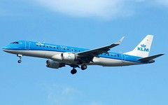 (Riik@mctr) Tags: manchester airport egcc phezi