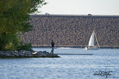 Fishin', Sailin', Commuting (dcstep) Tags: cherrycreekstatepark colorado usa cherrycreekreservoir cherrycreeklake aurora allrightsreserved copyright2019davidcstephens sailboat sonya9 fe600mmf4gmoss handheld dxophotolab dsc8204dxo fishing sailing commuting