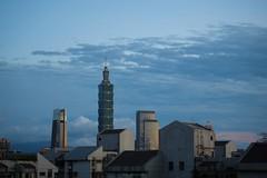 P1103364_LR (enno7898) Tags: panasonic lumix lumixg9 dcg9 xvario 35100mm f28 taipei101 101building architecture sky skyscraper cityscape
