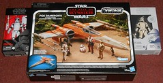 Hasbro - Poe's X-Wing (Darth Ray) Tags: star fighter xwing wars rise poe hasbro skywalker dameron starwars poedameron riseofskywalker vintage collection vintagecollection trooper black order jet first stormtrooper series carbonized firstorder blackseries jettrooper