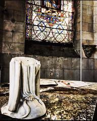 Abandoned hospital 🏨💉 (dabat.fannyhl) Tags: abandonné lost urbexworld decayed abandoned urbex