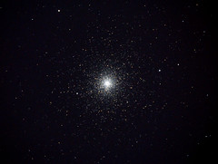 47 Tucanae - 102mm f13 Maksutov-Cassegrain (Luiz Ricardo Silveira) Tags: maksutov mak maksutovcassegrain 102mm 102mmf13 1021300 nikond5000 nikon astrophotography astrofotografia astronomia astronomy dso deep sky object astrometrydotnet:id=nova3668923 astrometrydotnet:status=solved