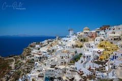 OIA 💕 (corineouellet) Tags: oceanview view bluesky architecture white europe travel mountains canonphoto landscape greece grèce windmills santorini oia cityscape cityscene
