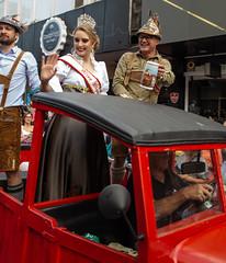 Desfile Oktoberfest 2018 (Luiz Felipe Marcondes) Tags: 2018 blumenau catarina cerveja chopp desfile ein frida fritz miss oktober oktoberfest prosit sc santa