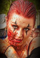Paris Zombie walk 2019 (2) (Edgard.V) Tags: paris parigi zombie portrait retrato portraiture ritratto vis parafuso cuir leather couro cuioio olhar yeux regard occhi look glance dead living morto sexy female femme woman donna mulher face vulto faccia visage sang sangue blood