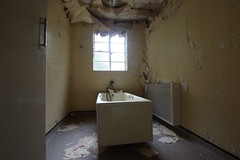 IMG_6663 (mookie427) Tags: urbex urban exploration exploring explore explorers ue derelict dereliction abandonment abandoned decay decayed empty vacant hospital tuberculosis tb sanitarium uk