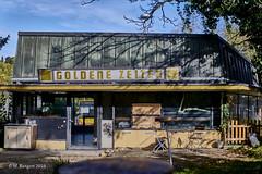 Goldene Zeiten (markbangert) Tags: goldene zeiten golden times cafe abandoned empty nikon z6 fx urbex