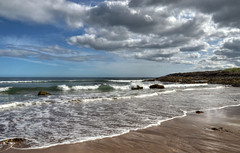 Seascape at Coldingham, Scottish Borders (Baz Richardson) Tags: scotland scottishborders coldingham coast seaside beaches breakingwaves