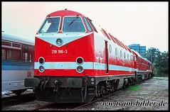 219-196-1994-09-19-1-Dessau (steffenhege) Tags: dessau deutschebahn uboot kramermütze br219 br119 119 219196