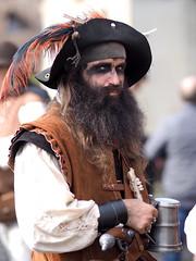 - historisches Markttreiben zu Meersburg (HOR-BS 696) Tags: berndsontheimer badenwürttemberg meersburg mittelalter portrait