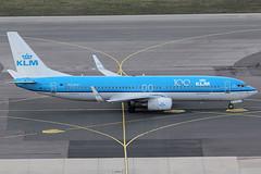 KLM Royal Dutch Airlines Boeing 737-8K2 PH-BXK (c/n 29598) 100th Anniversary-sticker. (Manfred Saitz) Tags: vienna airport schwechat vie loww flughafen wien klm royal dutch airlines boeing 737800 738 b738 phbxk phreg