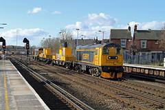20905 20901 Tonbridge (CD Sansome) Tags: tonbridge station train trains gbrf sitt gb railfreight chopper 20 20905 20901 hnrc 3y01 west yard