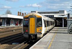 375802 Tonbridge (CD Sansome) Tags: tonbridge station train trains govia south eastern southeastern electrostar 375 375802