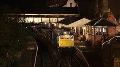 Night work (Duck 1966) Tags: d7535 class25 ballast train diesel locomotive emrps llangollenrailway nightime darkness