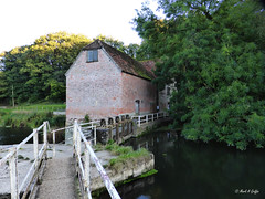Causeway (mark.griffin52) Tags: england dorset sturminsternewton riverstour countryside trees water river sluice causeway architecture building watermill