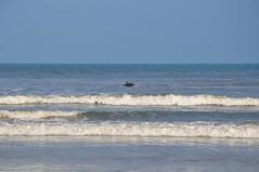 The BEST place to be (Ruby Augusto) Tags: sea mar praiaoceânica beach waves ondas surfer surfista céu sky litoralnortepaulista