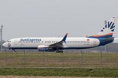 TC-SNR | SunExpress | Boeing B737-8HC(WL) | CN 40754 | Built 2010 | VIE/LOWW 05/04/2019 (Mick Planespotter) Tags: aircraft airport 2019 schwechat wien flughafen vienna nik sharpenerpro3 b737 tcsnr sunexpress boeing b7378hcwl 40754 2010 vie loww 05042019 b738