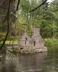 The Monk's Fishing House (munin.moon) Tags: fluss europa historisch jahreszeit irland dannewitz wasser sommer ireland europe irlanda river summer verano water cong countymayo