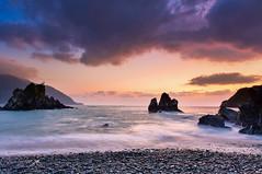 晨色(DSC_3308) (nans0410(busy)) Tags: taiwan yilan suao nanao eastcoast sunrise dawn beach cloud rock sky wave 台灣 宜蘭縣 蘇澳 南澳 東澳 粉鳥林漁港 晨曦 東海岸 天空 雲彩 礁岩