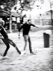 GFX2552 - Tackle (Diego Rosato) Tags: tackle contrasto controllo stop dribbling soccer calcio campo field bianconero blackwhite fuji gfx50r fujinon gf110mm rawtherapee